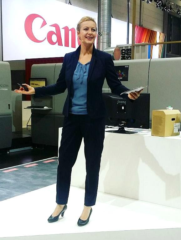 Moderatorin_Carmen_Hentschel Düsseldorf
