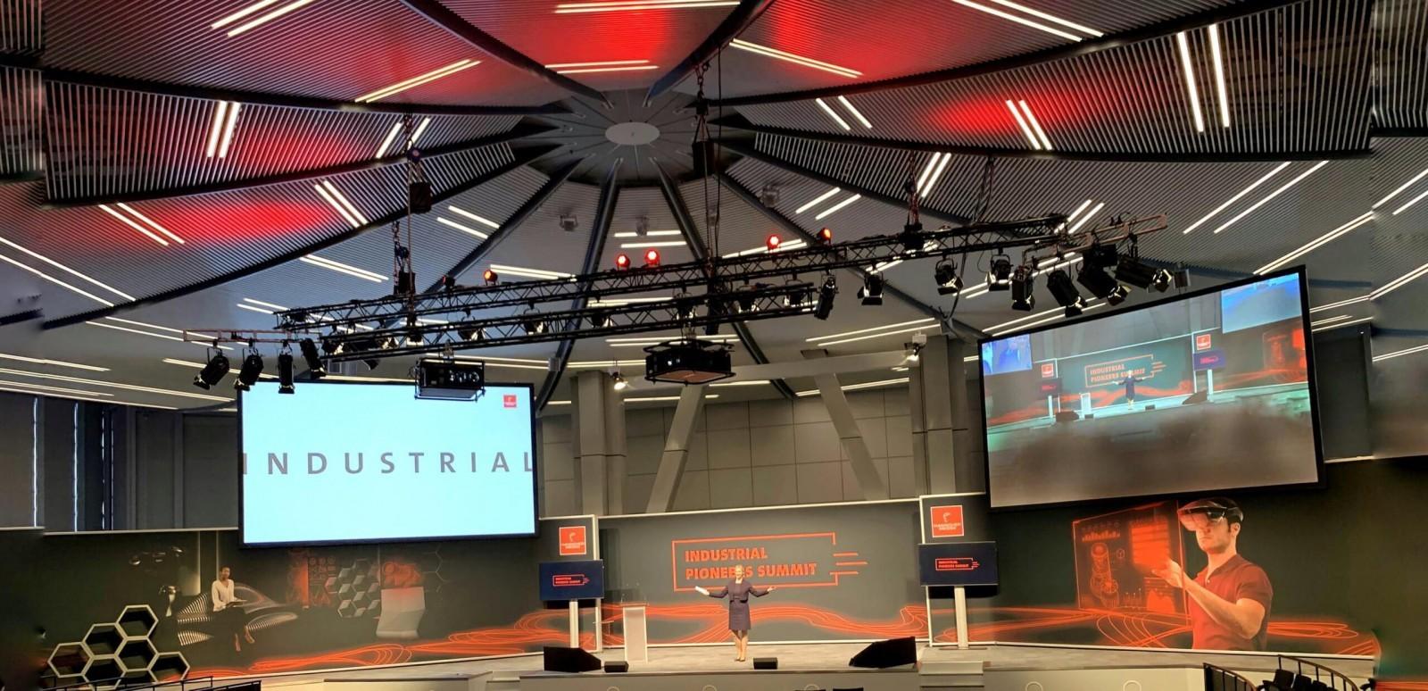 Moderator Digitalevents und digitale Konferenzen