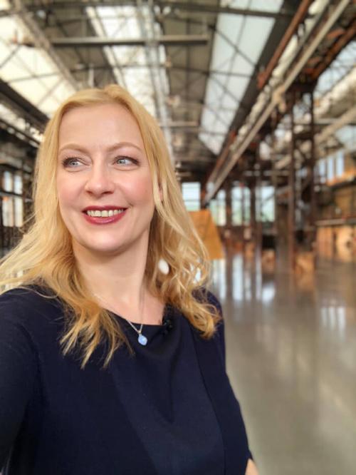 Carmen Hentschel Online Moderator Digitalisierung Online Keynote Speaker Digitalisierung virtuelle Events