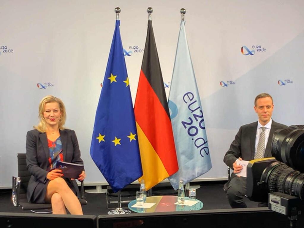 Internationale_virtuelle_Konferenzen_Digital_Moderator_Carmen_Hentschel.jpg